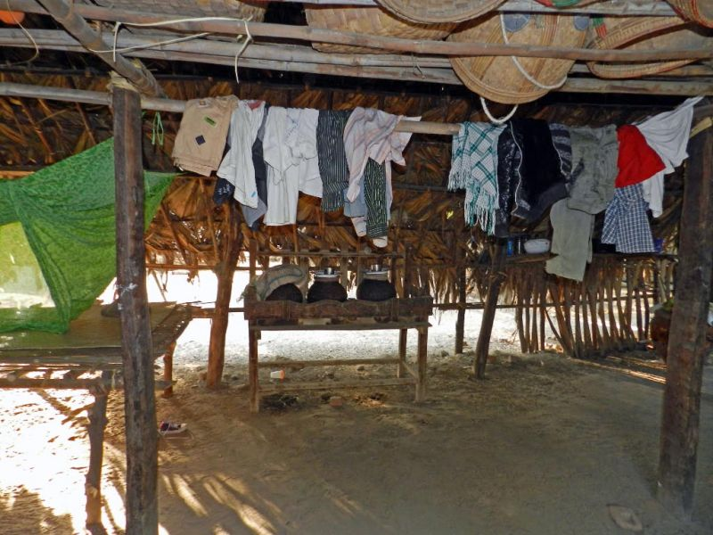 leben auf dem land in myanmar burma luthiger josef seppi. Black Bedroom Furniture Sets. Home Design Ideas